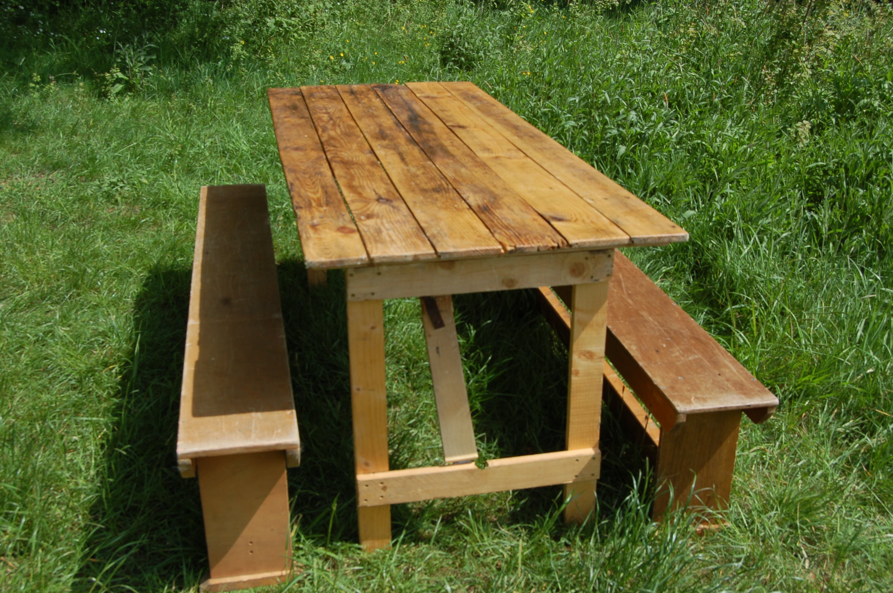 wooden bench hire feature product